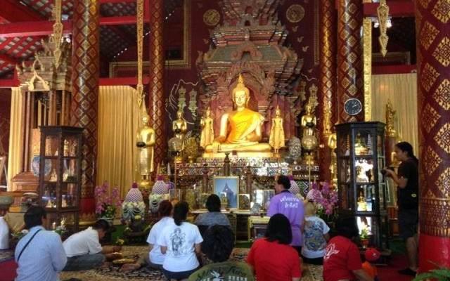Respetar vestimenta templos tailandia
