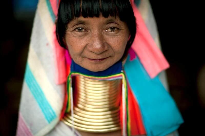 Mujeres Jirafa de la etnia Karen