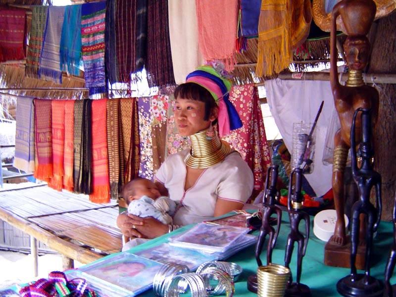 Poblado de Mujeres Jirafa en Tailandia