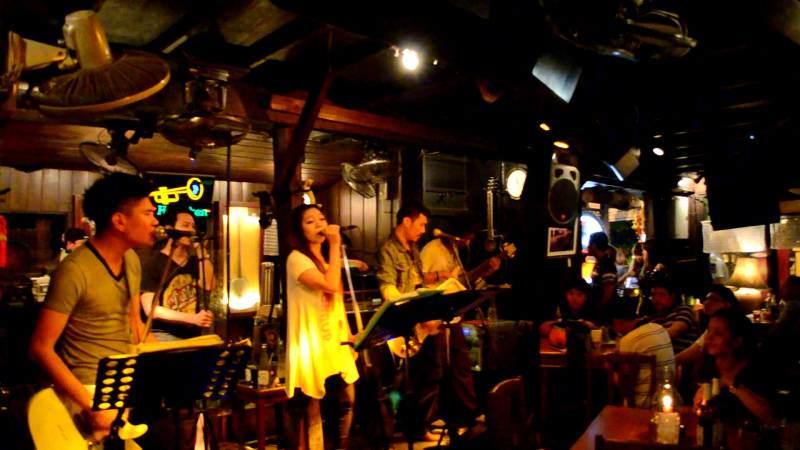 Vida Nocturna En Chiang Mai Siamtrails