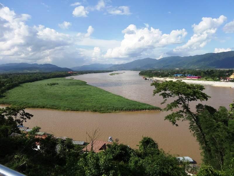 Vista del río Mekhong en Chiang Rai