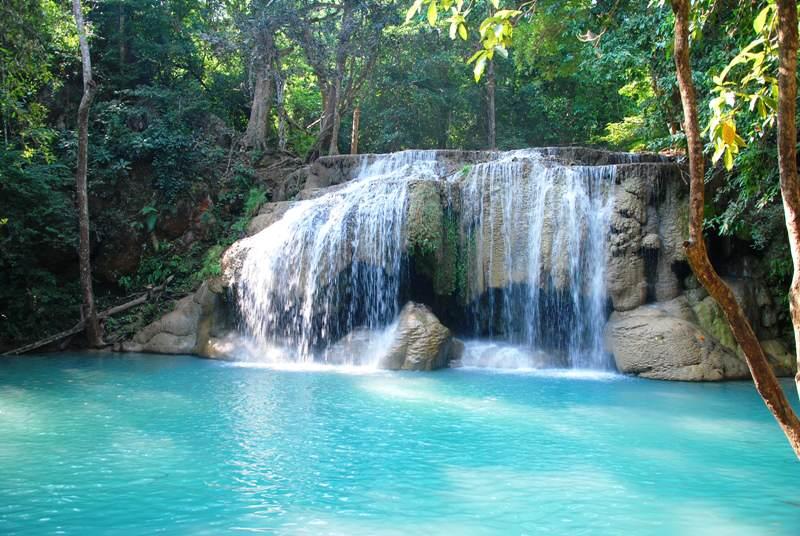 Cascadas del Parque Nacional de Erawan en Tailandia