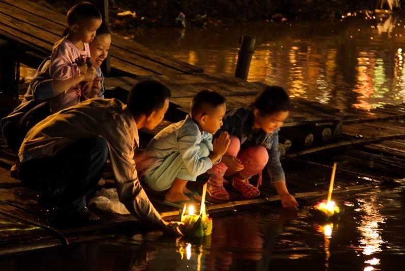 Festival de Loy Krathong