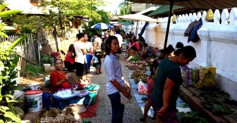 Mercado Local de Luang Prabang