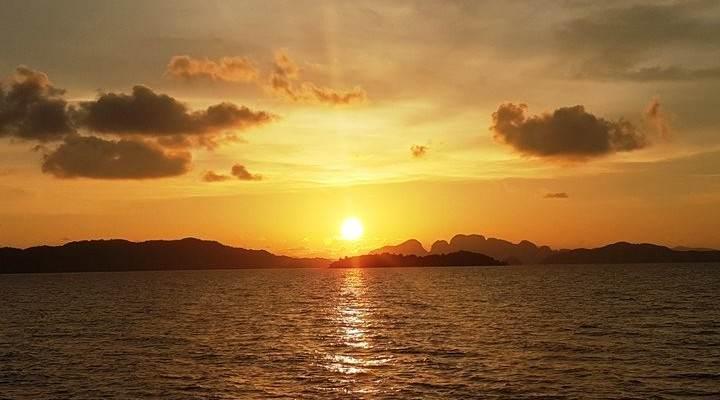 Ver una puesta de sol en Koh Yao Noi