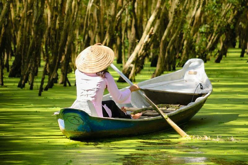 Paseo en barca por los canales del delta del mekong