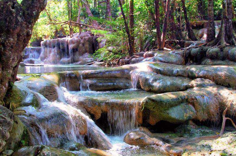 Cascadas de Erawan en Julio