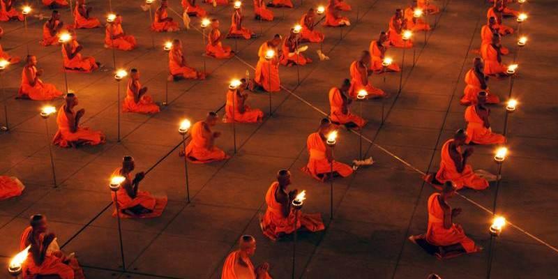Fiestas del Budismo