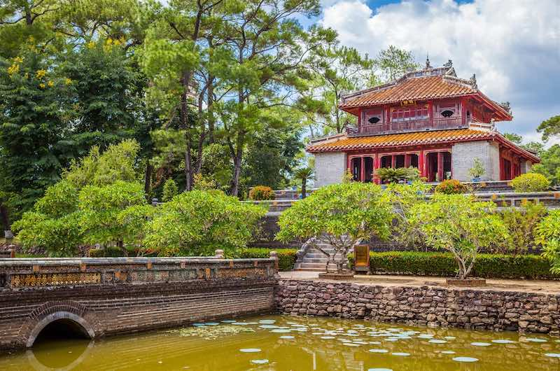 Tumbas Imperiales de Hue Minh Mang