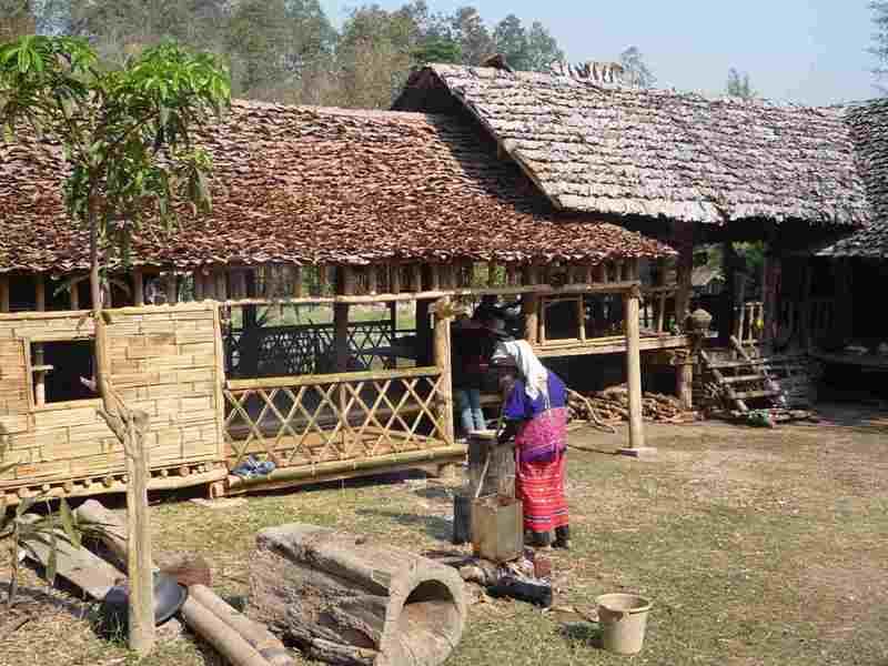 Vista a los Poblados de tribus en Tailandia