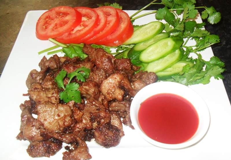Platos de la comida tailandesa