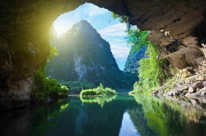 Cuevas en Trang An