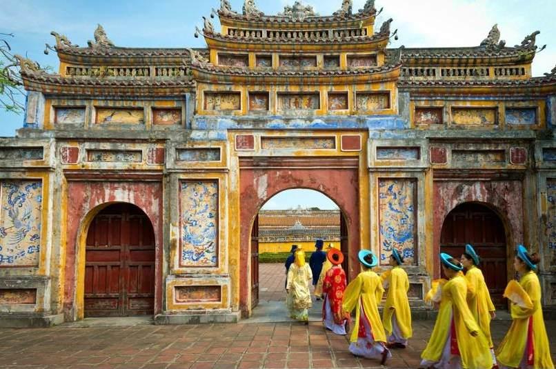 Puerta deacceso a la ciudad prohibida de Hue