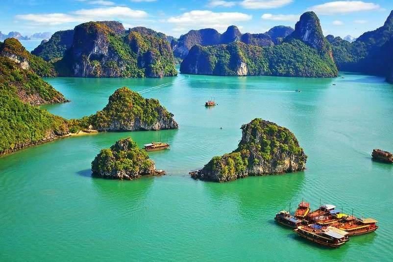 La Bahia de Halong imprescindible ver en Vietnam