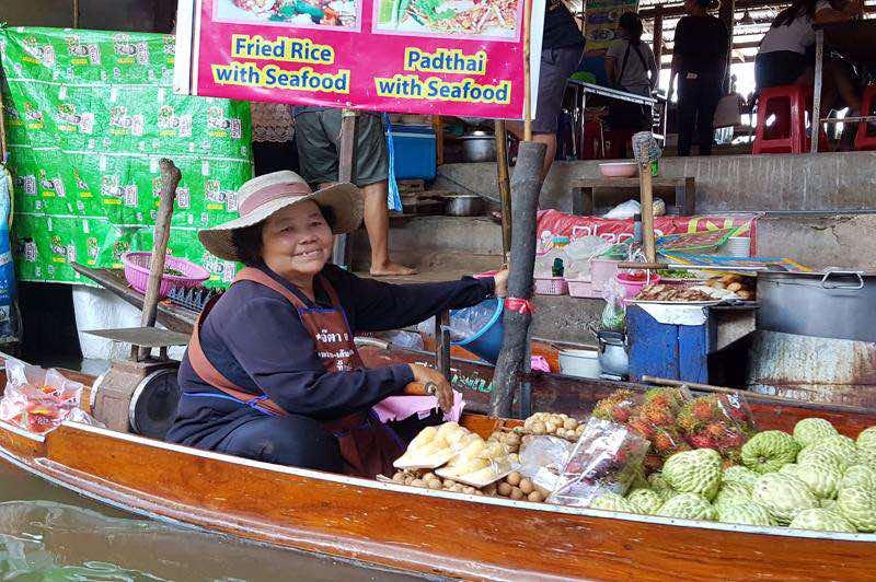 Excursion en Bangkok al Mercado Flotante